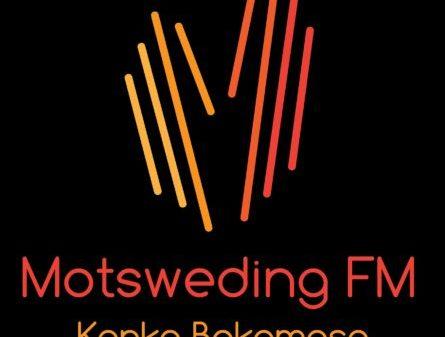 DJ Ace - MotswedingFM (Back to School Piano Mix)